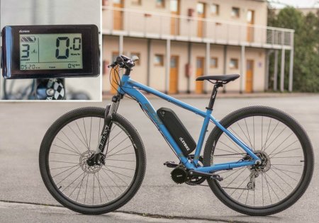 SET EXTREME FOR THE MOST DEMANDING RIDERS - Motor power: 1000W + gearsensor, Battery range and location: Frame, range up to 140 km (13Ah 624Wh), Charging speed: Standard 2 A, Display type: LCD C961